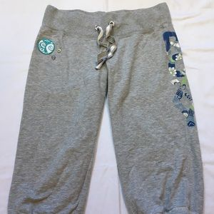 Roxy Capri length sweats with patch & buttons Sm.